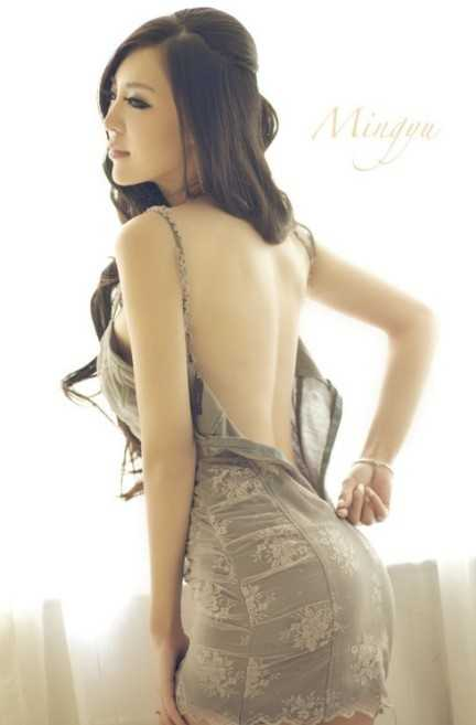 视频性感嫩模北京大妞刚小希美星写真